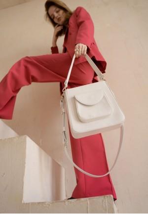 Жіноча шкіряна сумка Stella біла
